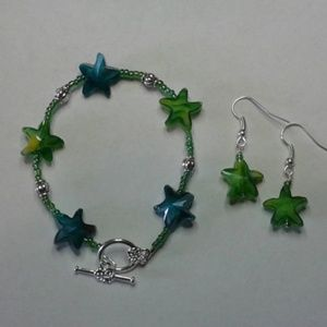 Jewelry - Lime Green and Teal Glass Stars Bracelet Set